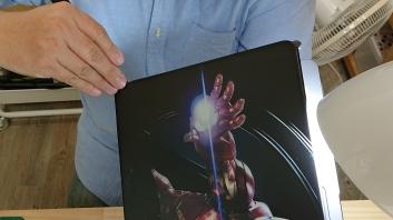 貼上老闆第一次列印出最大張的客製化膜練習中