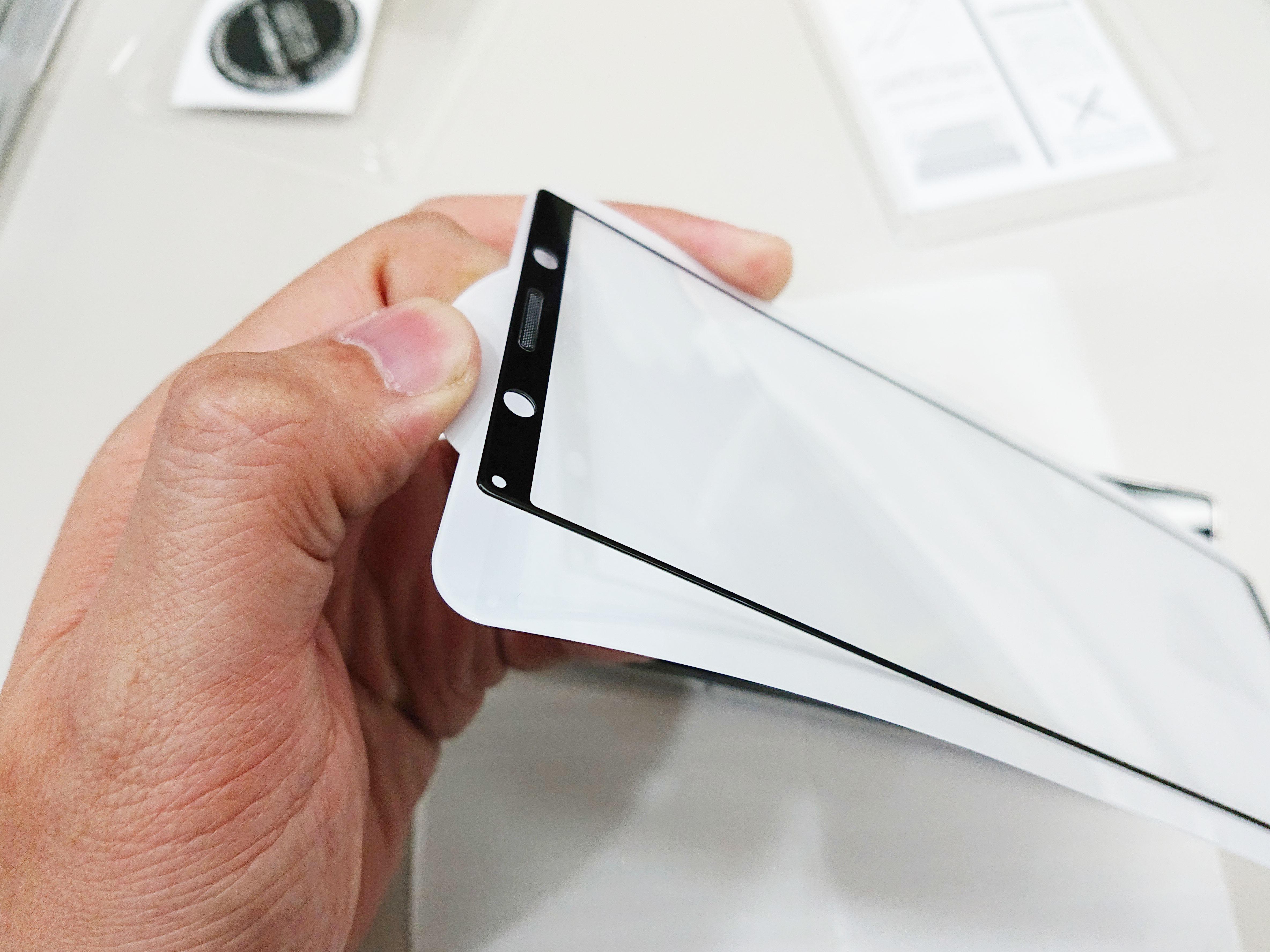 「開箱分享」Xperia 5 吃香蕉,日系配件品牌 Rasta Banana 滿版玻璃保護貼、電鍍殼配件 - 4